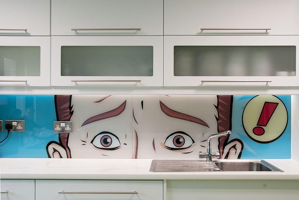 kitchen-glass-splashback